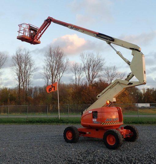 Elevador Articulado JLG Serie 600AJ Diesel 4X4